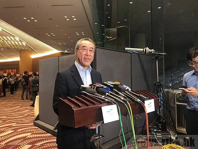 唐英年表示,不希望行政長官林鄭月娥辭職。 (實習記者郭衍蔚攝)