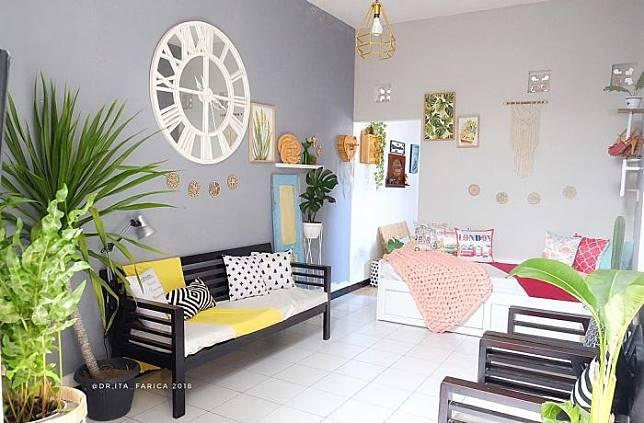 Cantiknya Ruang Keluarga Eclectic yang Ceria di Rumah @dr.ita_farica
