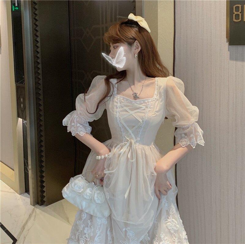 優雅復古 宮廷風 氣質可愛 泡泡袖 蕾絲網紗甜美紗裙 蕾絲裙 蕾絲洋裝 婚宴 婚禮 外拍 女僕 蘿莉 主題趴 角色扮演 米白色