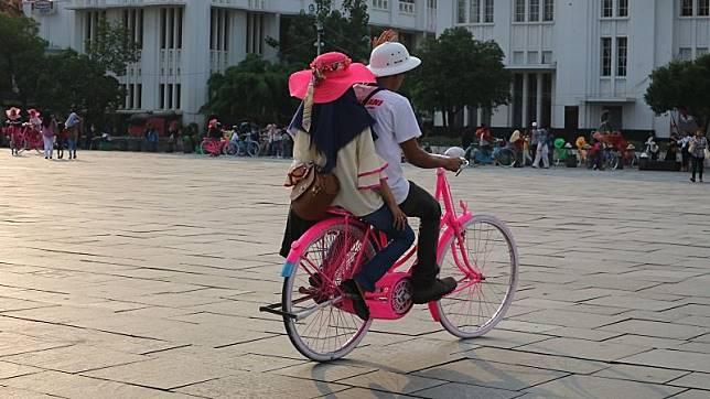 Viral Siswa Bersepeda dalam Kelas, Guru: Astagfirullahaladzim
