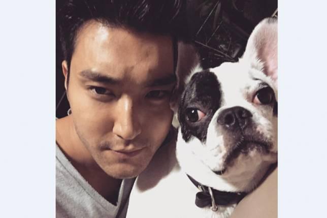 Siwon Super Junior kedapatan jogging di kawasan Gondangdia