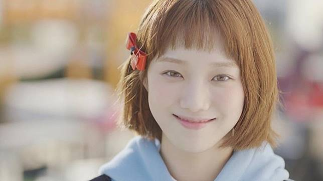 Tren Rambut Pendek Berponi Ala Artis Korea Ini Bikin Lu Pengen - Gaya rambut pendek berponi