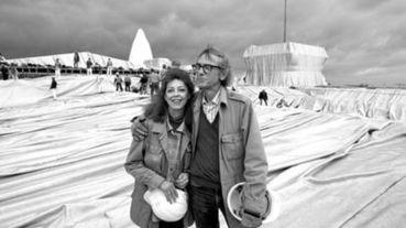這對夫妻檔什麼都敢包,致敬傳奇地景藝術家Christo and Jeanne-Claude