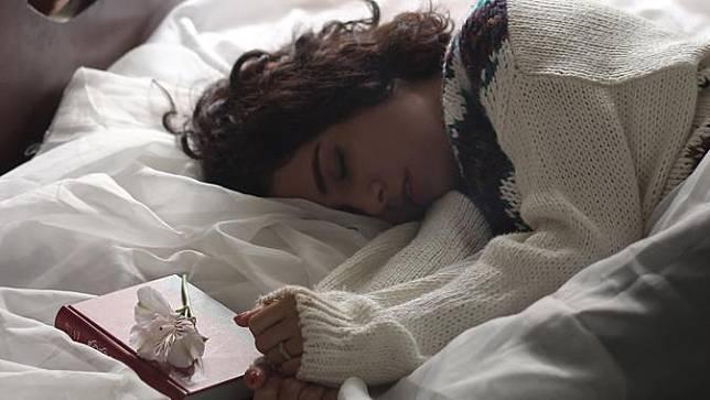 Mengenal Sleeping Beauty Syndrome, Hobi Tidur yang Bisa jadi Penyakit