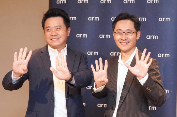 Arm台灣總裁曾志光與應用工程總監徐達勇在會議中說明許多Armv9架構的特點。