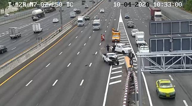 อุบัติเหตุ!! ถนนมอเตอร์เวย์ (ทล.7) เข้ากรุงเทพฯ กม.7+300
