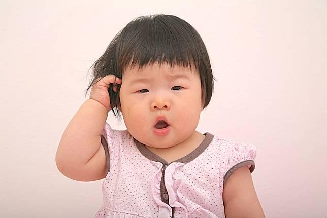 嬰兒第31週:緩解長牙痛 嗆到學急救