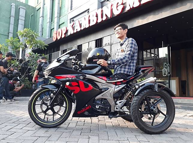 Cerita Pria Difabel Ini Modif Suzuki Gsx R150 Jadi Roda Tiga