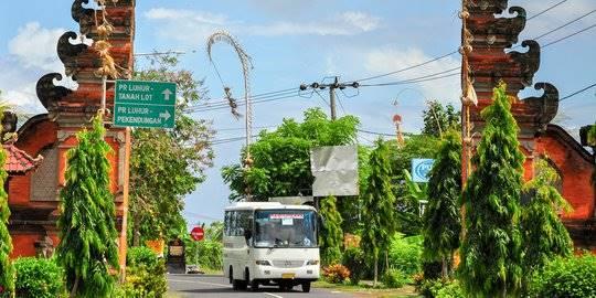5 Sensasi Berwisata ke Bali yang Hanya Bisa Dirasakan dengan Naik Bus