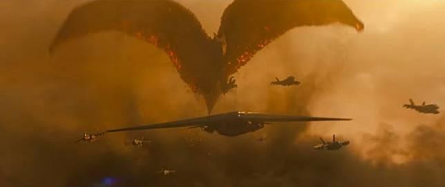 拉頓首次出場是在1956年的《空中大怪獸拉頓》,造型與名字均是來自史前時代的翼龍。(互聯網)