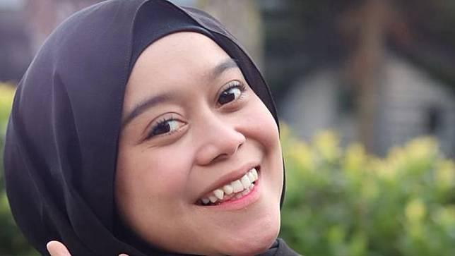 Rizky Billar Minta Kepastian Hubungannya Ke Lesti Kejora Dalam Konser Ulang Tahun Lesti Di Indosiar