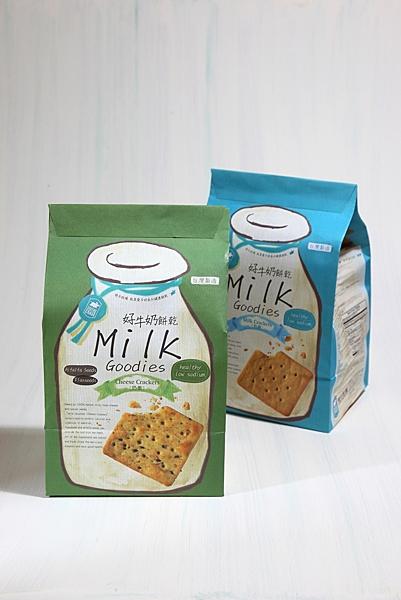牛奶和起司的營養是飛牛健康餅乾基本條件(奶素)