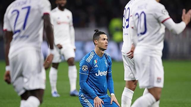 Kena Kartu Merah, Ronaldo Beri Skuat Juventus Hadiah Mahal
