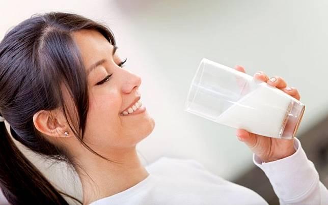 7 Minuman Ini Bantu Menurunkan Berat Badan Selain Cegah Insomnia