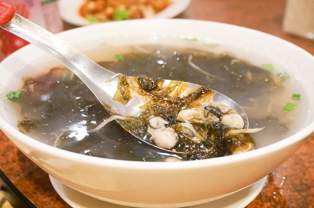 金門記德海鮮餐廳, 金門美食, 金門海鮮餐廳, 金寧美食, 記德高粱嗆蟹, 鐵板鴕鳥肉, 金門喜相逢