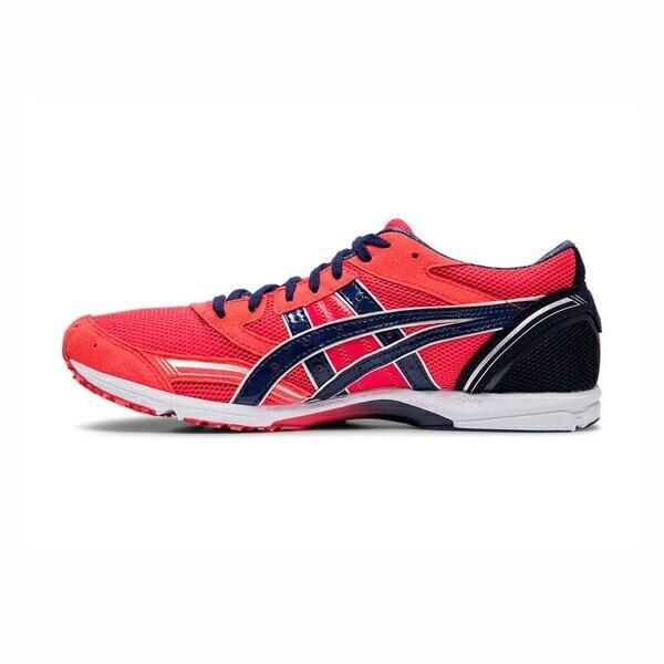 採用輕量中底,讓鞋款兼具輕盈與良好的避震性