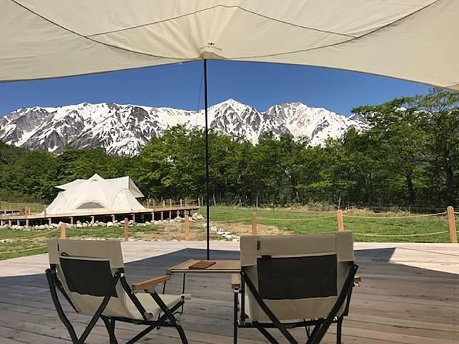 Snow Peak眾多豪華露營之中,海拔最高的一座,而且可以欣賞海拔3,000米的北阿爾卑斯山。(互聯網)
