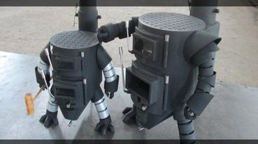 外型冷酷內心熱火的機器人暖爐