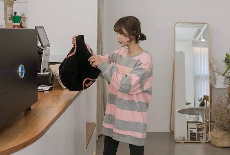 愛馬仕針織手提包,針織磅數紮實感超棒,底部是寬版喔,不會東倒西歪的
