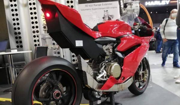 Ducat Panigale gubahan Efesto yang jadi motor hybrid