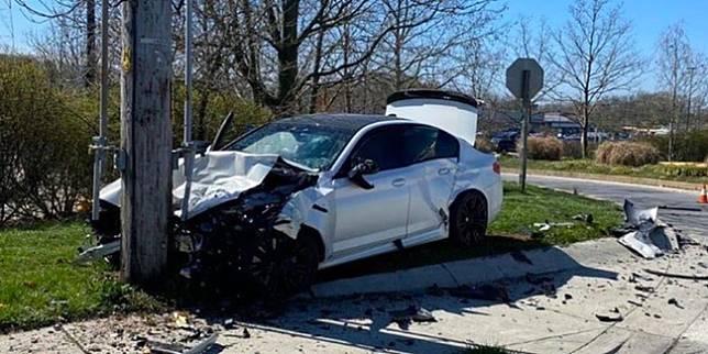 Kecelakaan BMW M5 (Facebook/Karachi Track)