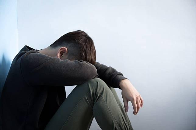 你的情緒被綁架了嗎?營養師分享3種食物對抗憂鬱情緒!