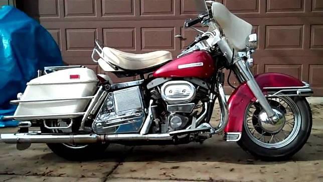 Harley-Davidson Electra Glide Shovelhead 1970. motorcyclespecs.co.za