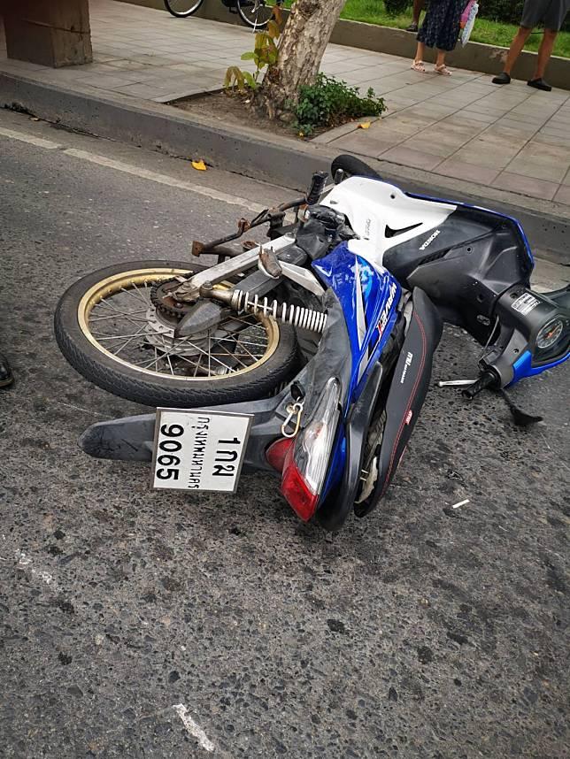 อุบัติเหตุและมีผู้เสียชีวิต บนถนนลาดพร้าว