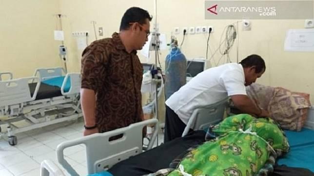 Nurhadi, seorang anggota Kelompok Penyelenggara Pemungutan Suara (KPPS) di Desa Muara Tenang, Kecamatan Tanjung Raya, Kabupaten Mesuji meninggal saat penghitungan suara. [Antara]