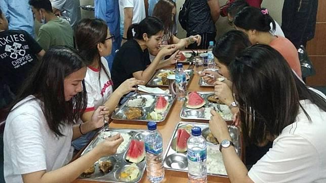 ABK World Dream Pulang Karantina Corona Diserahkan ke Menteri PMK