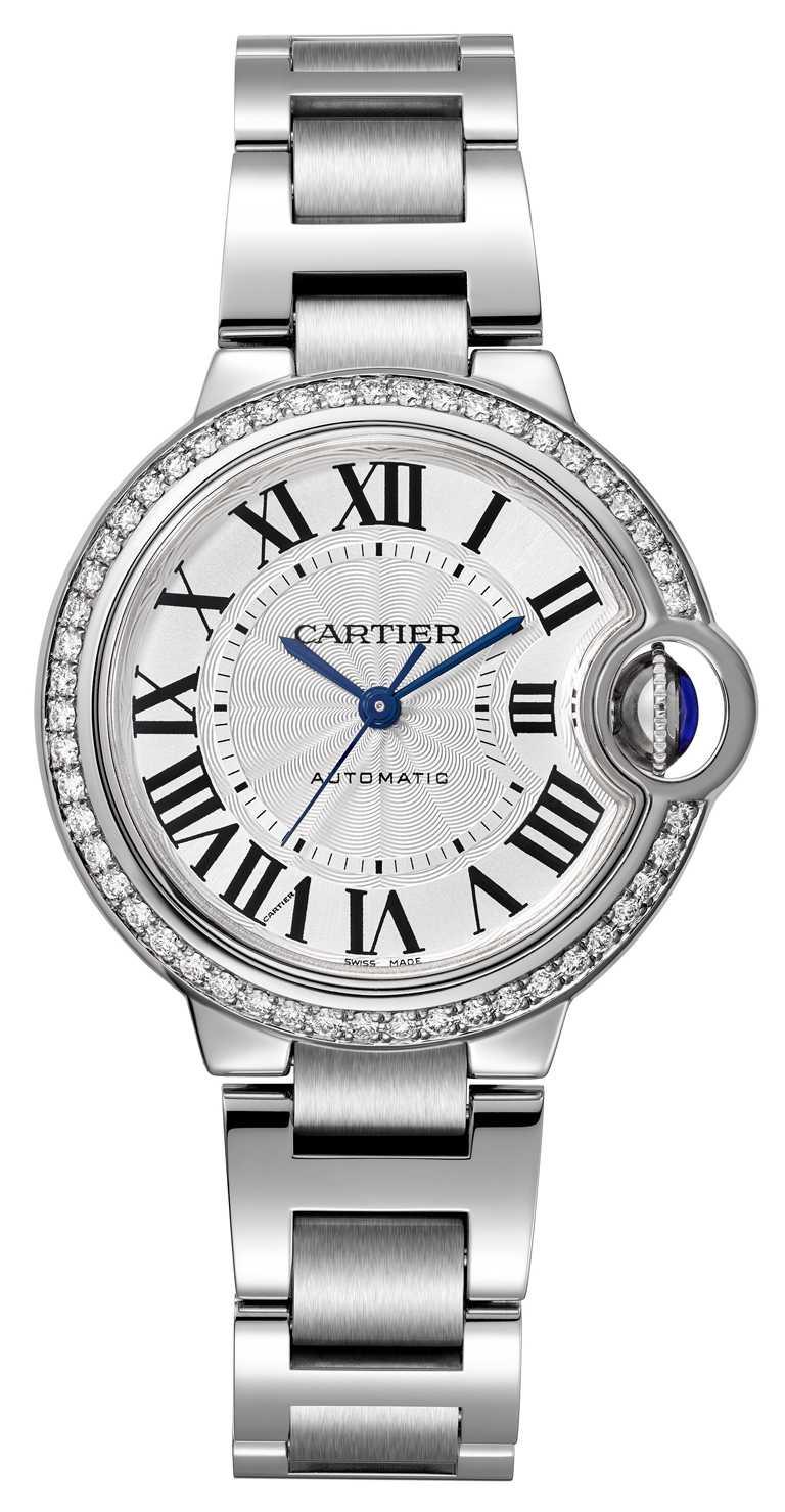 Cartier「Ballon Blanc de Cartier系列」鑽石腕錶╱33mm,精鋼錶殼╱329,000元。(圖╱Cartier提供)