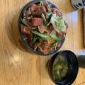 海鮮丼 - 実際訪問したユーザーが直接撮影して投稿した西新宿魚介・海鮮料理炭火活烹三是 新宿西口店の写真のメニュー情報