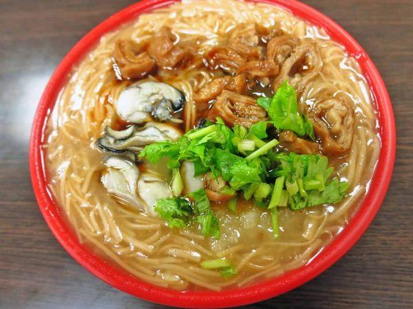 【桃園美食】極鱻腸蚵專業麵線-古早味鹹香鹹香的特殊湯頭麵線