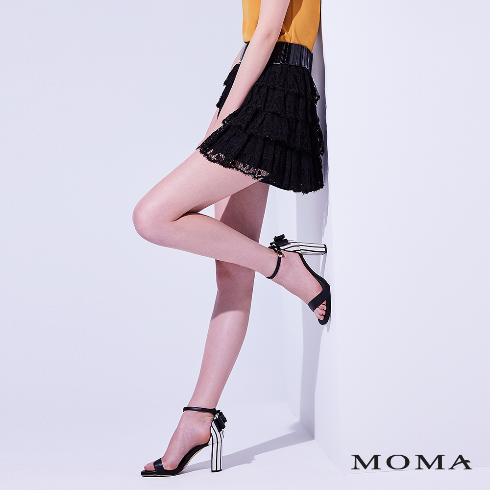 MOMA (81S031)蕾絲蛋糕短裙