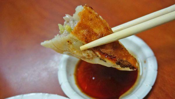 【台北美食】阿堂鍋貼水餃-隱身在天母巷弄裡的美味鍋貼店