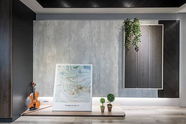 7. 清雅的灰色調電視牆