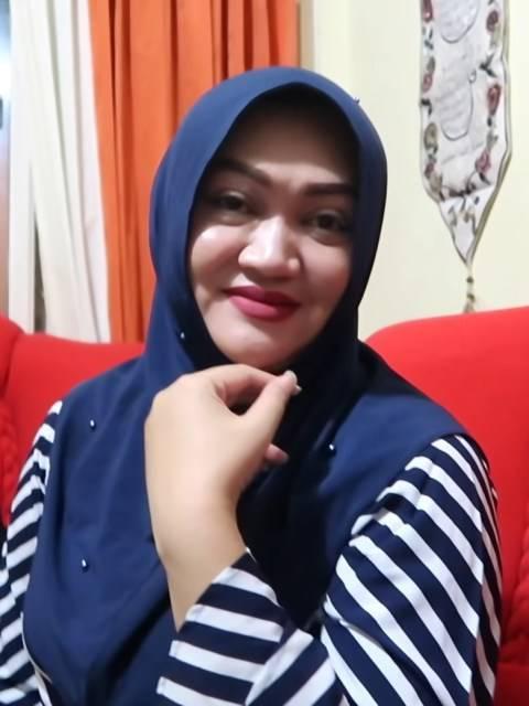 Lina, mantan istri Sule. Foto: YouTube/Putri Delina