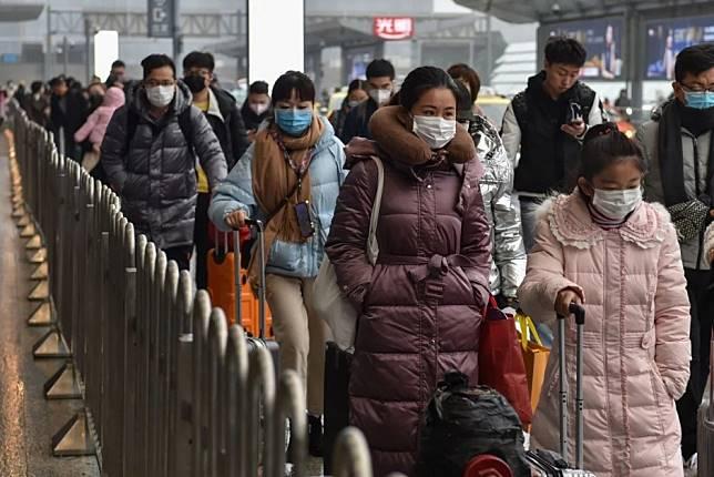 How big data helps China track the coronavirus... and its people