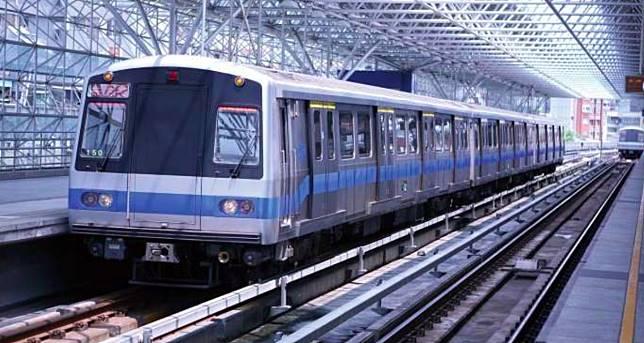▲台北捷運是不少通勤族的交通工具。(圖/NOWnews資料照片)