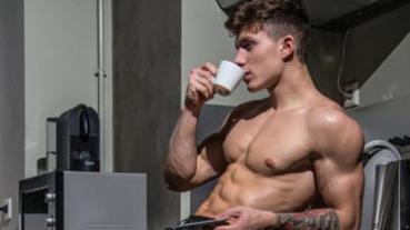 喝咖啡有益健身燃脂,但是這三個「飲用要點」可千萬不能不注意!