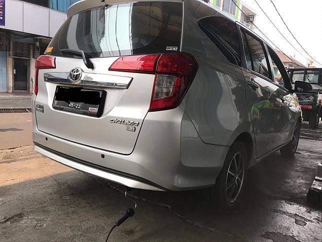 Toyota Calya saat uji emisi