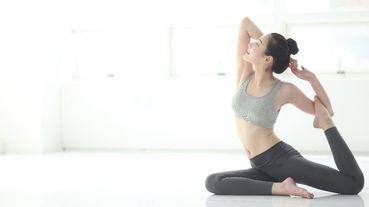 6個超實用的線上瑜珈推薦,10分鐘早晨伸展、一對一線上教程、居家隔離瑜珈系列⋯務必跟上啊!