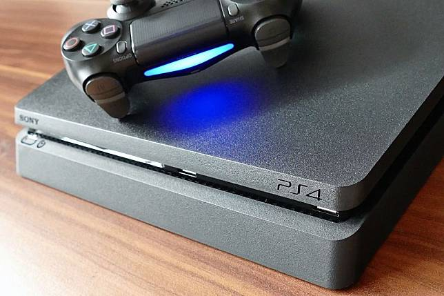 Meski Ponsel Tak Laku, PlayStation 4 Laku 100 Juta Unit
