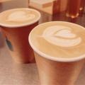 カフェラテ - 実際訪問したユーザーが直接撮影して投稿した新宿カフェブルーボトルコーヒー 新宿カフェ店の写真のメニュー情報