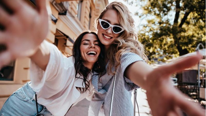 閨蜜旅行去哪玩?適合女生旅遊的5大國家與超人氣景點推薦
