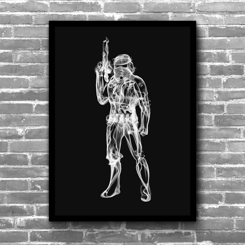 """畫家Octavian Mielu的煙霧式畫風,乾淨、時尚,適合擺飾於家中、書房、或辦公室等個人空間,為周遭環境加入一點獨特性。12""""x 16""""同等於A3的尺寸,無論是單獨靠著牆壁、或是裱框後掛在牆上,"""