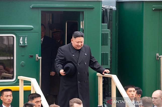 Kim Jong Un tiba di Rusia untuk bertemu Putin