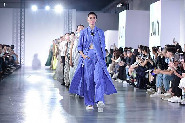 夏天太熱,穿著很難時尚?台灣設計師從台式剉冰延伸的消暑穿著提案_30.jpg