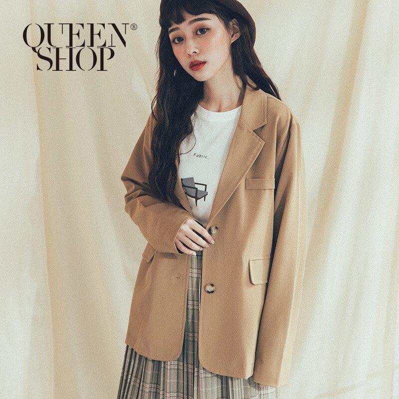 Queen Shop【02030335】琥珀釦素色西裝外套 兩色售*現+預*
