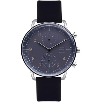 透亮的凸面玻璃設計簡約俐落的錶面多功能顯示:日期/星期 ZM.7148M.2503